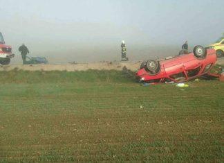 Foto: Cestu v Hniezdnom museli uzavrieť, pri nehode zasahovali hasiči aj leteckí záchranári