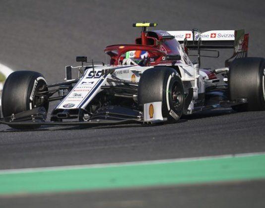 Alfa Romeo má finančné problémy, v F1 by sa mohol opäť objaviť tím Sauber