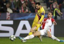 Slavia Praha v Lige majstrov siahala na prekvapenie, v súboji proti FC Barcelona ju pochoval vlastný gól