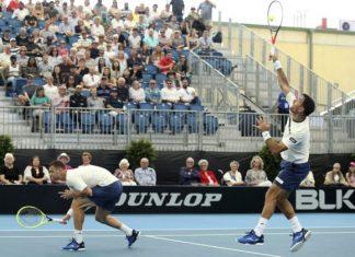 Polášek si zahrá osemfinále Australian Open, s Dodigom vyradil domáci pár