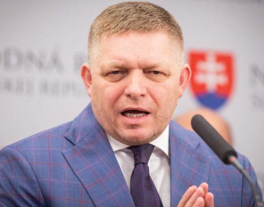 Smer-SD je podľa odborníkov národne populistická strana, má klesajúcu tendenciu a môže sa radikalizovať