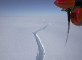 44425 antarctica brunt iceberg 76494 41296f5d201e4f84b1803325ce0b6755 640x420 324x235 - Home
